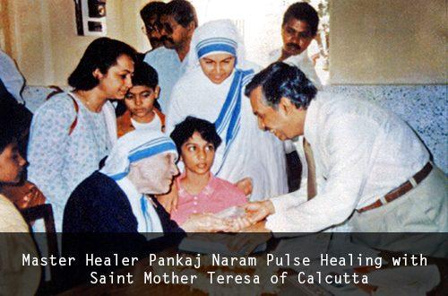 Dr. Pankaj Naram y Madre Teresa de Calcuta