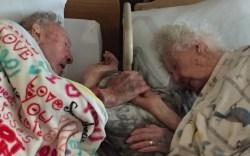 Pareja de ancianos historia de amor