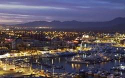 Experimenta Cabo San Lucas junto a Marina Fiesta Resort and Spa