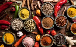 Guía de cocina: Cómo Usar Especias y Condimentos en la Cocina. Variedad de Especias y condimentos