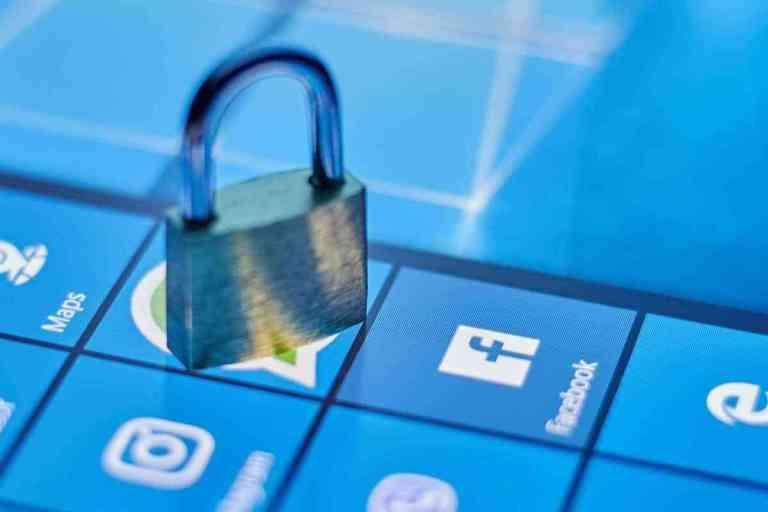 como saber si te hackean el facebook, que hacer si hackearon mi messenger, me hackearon facebook, que pasa cuando te hackean el facebook, como eliminar una cuenta de facebook que me hackearon, denunciar hackeo de facebook, que debo hacer si hackearon mi facebook, me hackearon mi facebook y cambiaron mi contraseña, como prevenir ataques de hackers, como protegerse de un hacker, proteccion contra hackers, que puede hacer un hacker