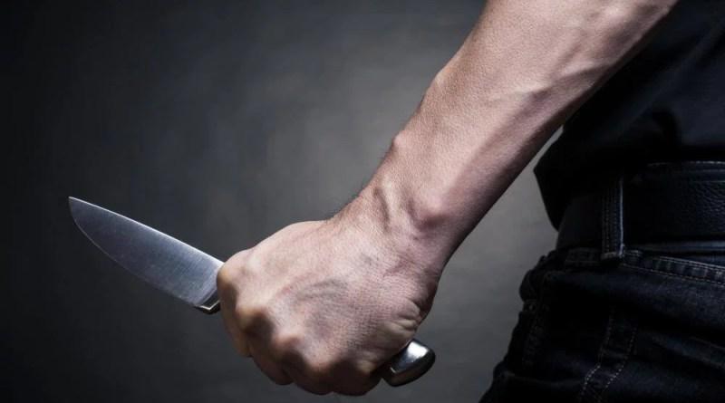 Hombre agredió con un cuchillo a su abuela. - Violencia Intrafamiliar