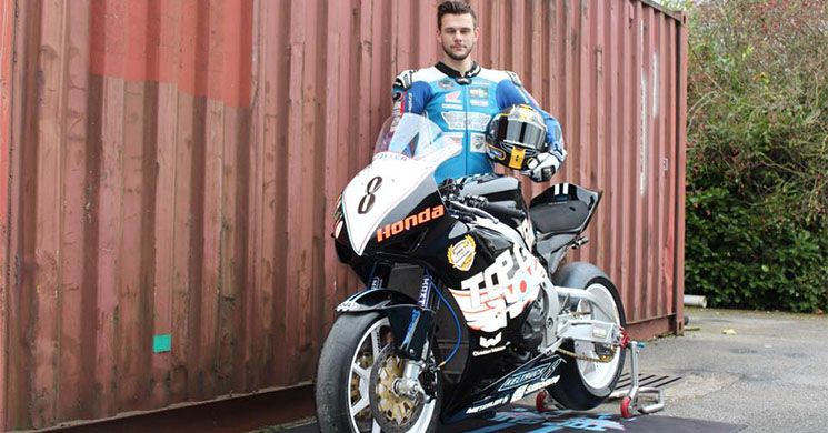 VIDEO... En accidente muere el piloto Daniel Hegarty de MotoGP.