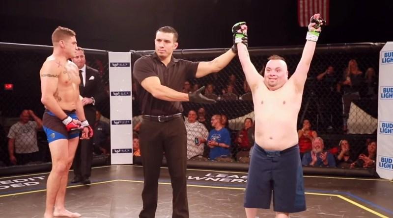 Un luchador de la UFC cumple el sueño de un luchador con síndrome de Down.