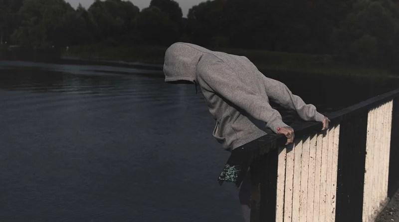 Estoy bien La realidad que esconde un suicida.jpgEstoy bien La realidad que esconde un suicida.jpg