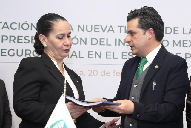 PRESENTAN A MARÍA AURORA TREVIÑO COMO LA NUEVA TITULAR DE LA OFICINA DE REPRESENTACIÓN DEL IMSS EN PUEBLA
