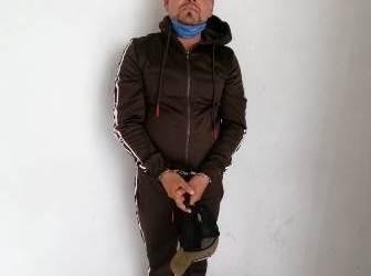 POLICÍA ESTATAL CAPTURA A PRESUNTO NARCOMENUDISTA EN SAN BERNARDINO TLAXCALANCINGO