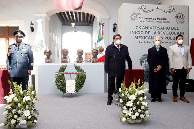 PRESIDE MBH CEREMONIA DEL CX ANIVERSARIO DEL INICIO DE LA REVOLUCIÓN MEXICANA EN PUEBLA