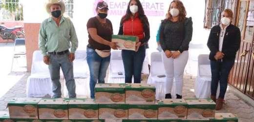 """IMPULSA ANGÉLICA ALVARADO EN HUEJOTZINGO EL EJE DE NUTRICIÓN DEL PROGRAMA MUNICIPAL """"EMPODÉRATE MUJER"""""""