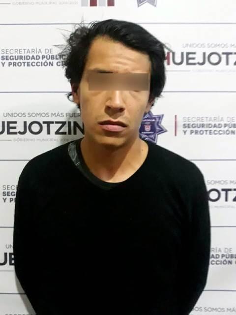 POLICÍA MUNICIPAL DE HUEJOTZINGO DETIENE A PRESUNTO RESPONSABLE DE ROBO A CASA HABITACIÓN