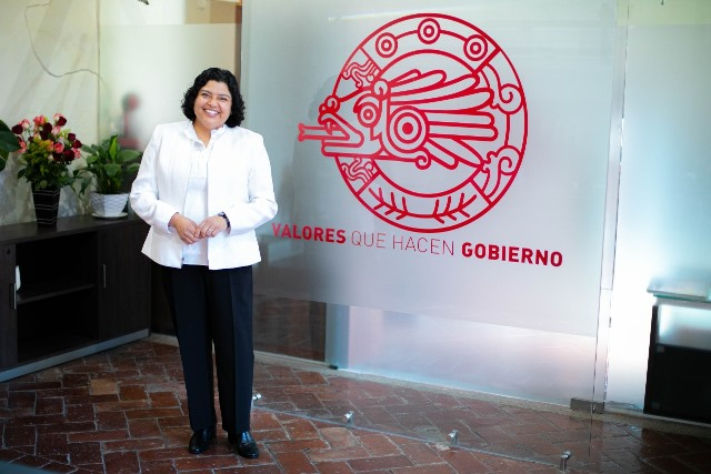 KARINA PÉREZ POPOCA DEJA A PARTIR DE ESTE MARTES EL PUESTO DE PRESIDENTA MUNICIPAL DE SAN ANDRÉS CHOLULA