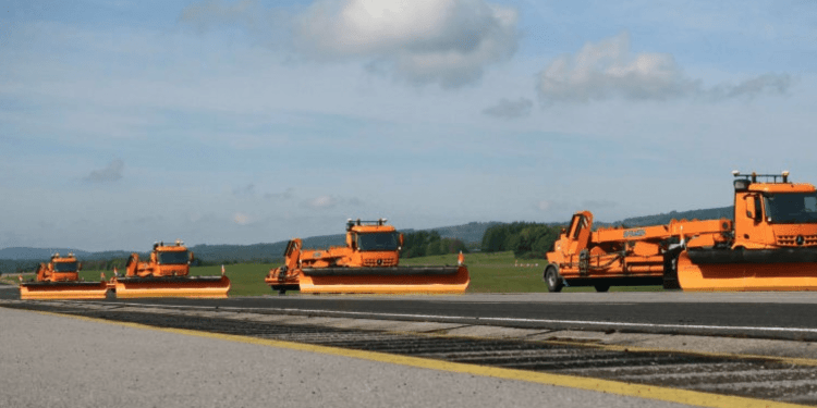 daimler automated snow removal