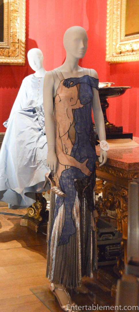 figured flapper dresses