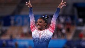 Simone Biles Wins Bronze in Final Gymnastics Competition of Tokyo Olympics | NewsBurrow