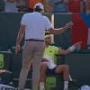 【動画】テニスの大会に乱入者 悲鳴が飛び交う中、選手が取った行動は…