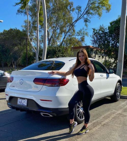 Anfisa Nava New Car Instagram