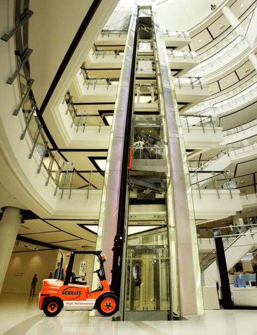 4 Elevator