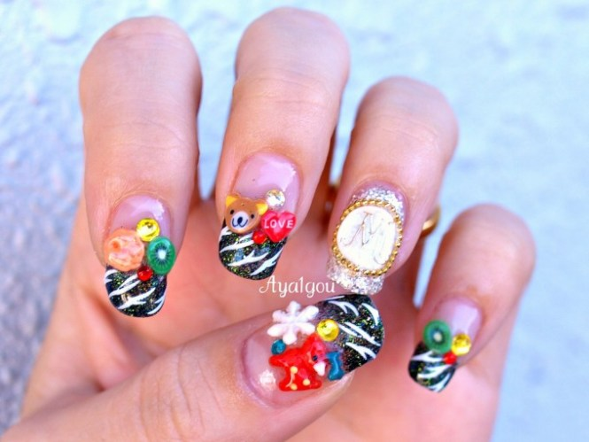 Short And Sweet Coffin Shaped Nails With Christmas Nail Art