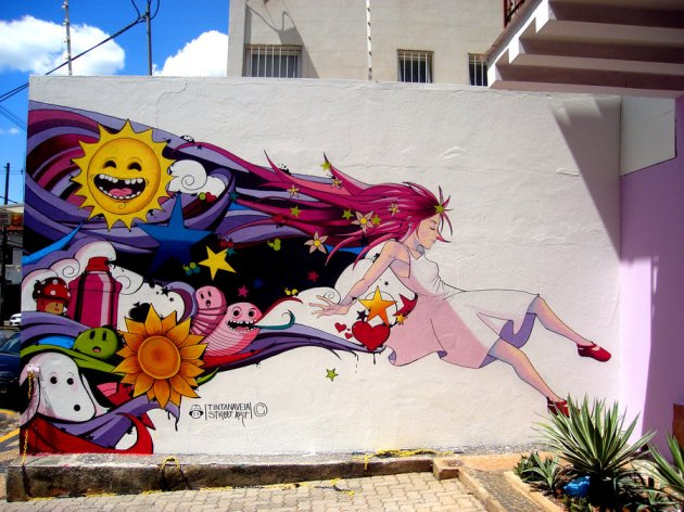 lucy_in_the_sky_graffiti_by_tintanaveia-d4tdni6