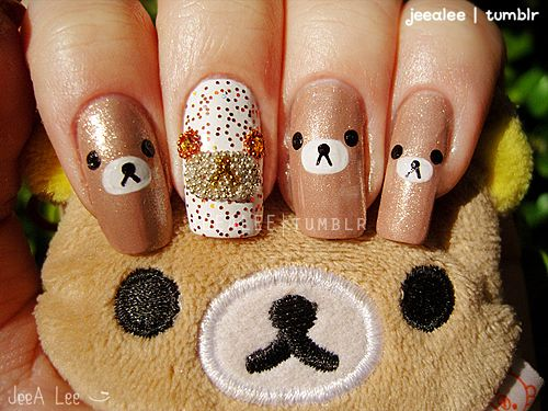 sweet teddy bear nails