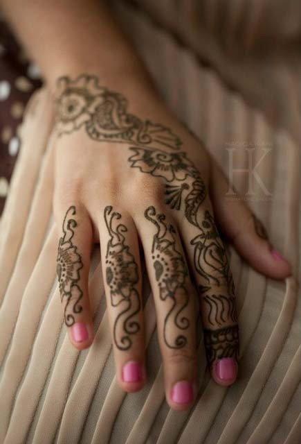35 latest back hand mehndi design ideas for eid 2015