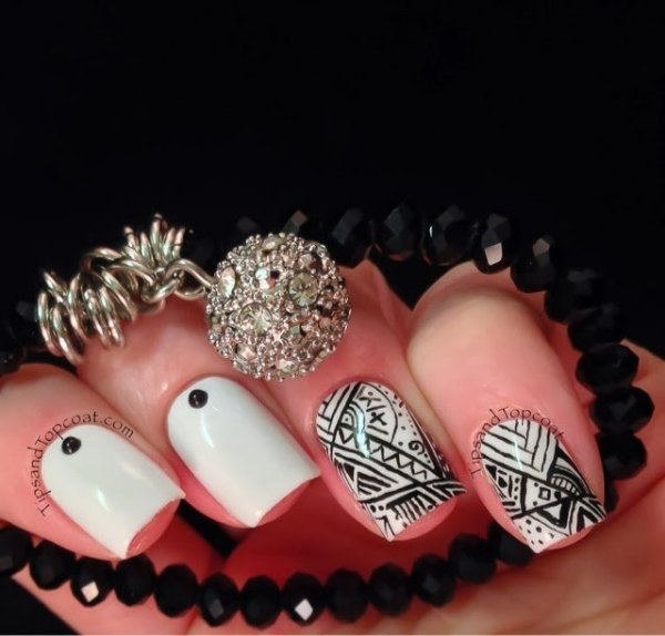 25 black and white nail design