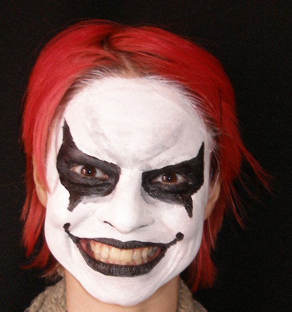 halloween makeup ideas- freaky clown