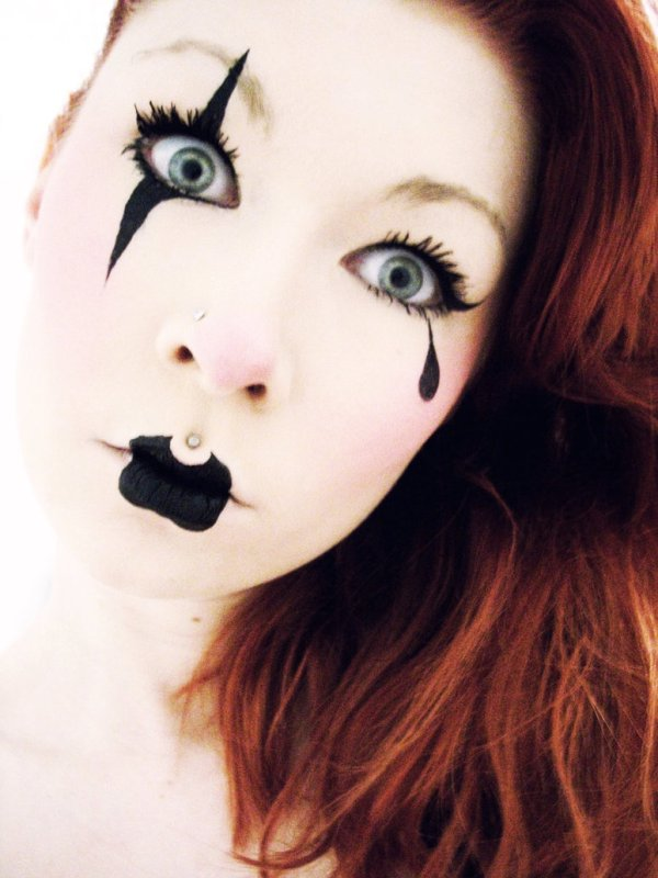 halloween makeup ideas - the clown lady