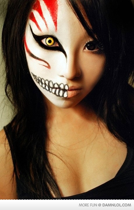 scary face paint for halloween