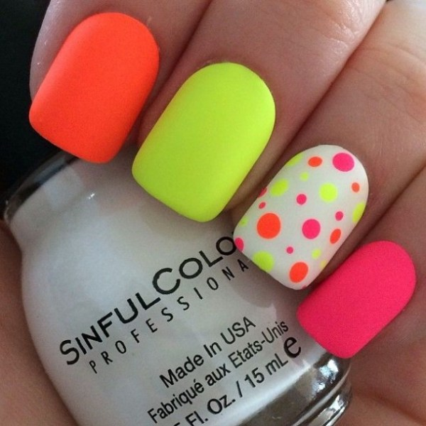 unique stylish neon nails