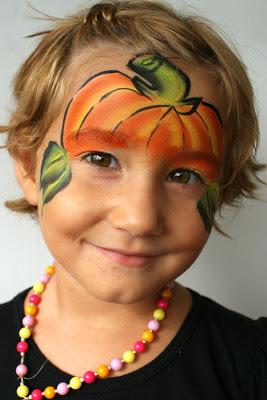Pumpkin-smile-kid-face-paint