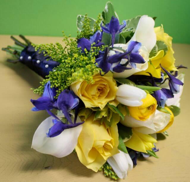 Choosing Best Flowers For Your Love Partner