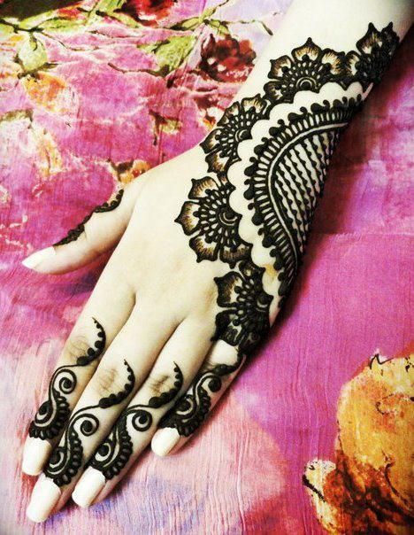 Elegant Half Hand Mehndi Design