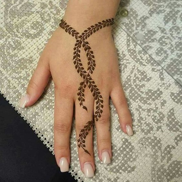 small henna leaf design
