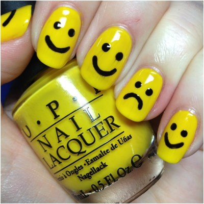 Cute smiley nails