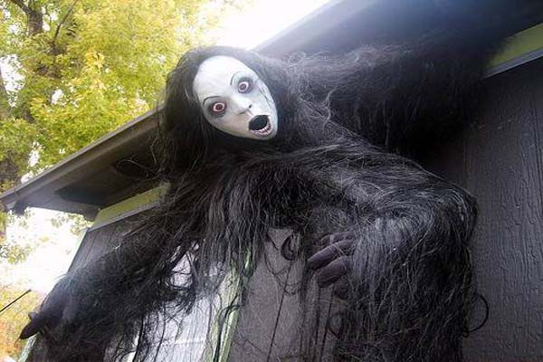 creepy outside halloween decoration ideas