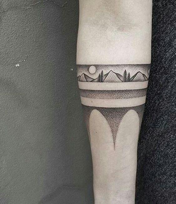 Pocahontas armband tattoo