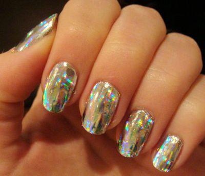 Gold nails design