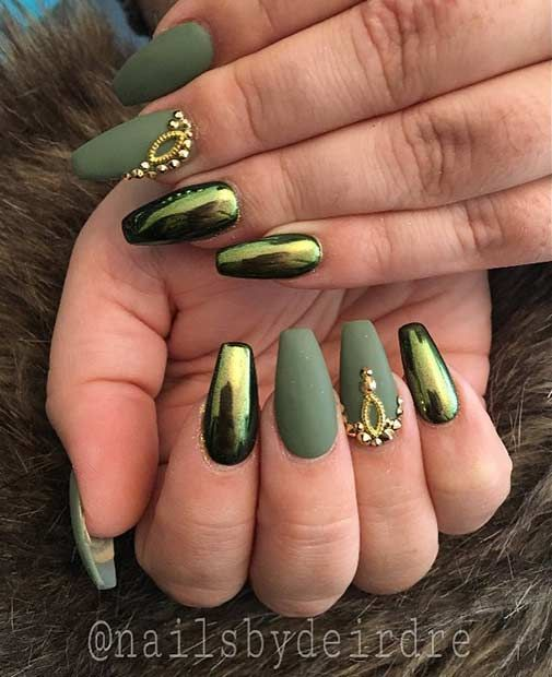 Holographic Matte nail art | EntertainmentMesh
