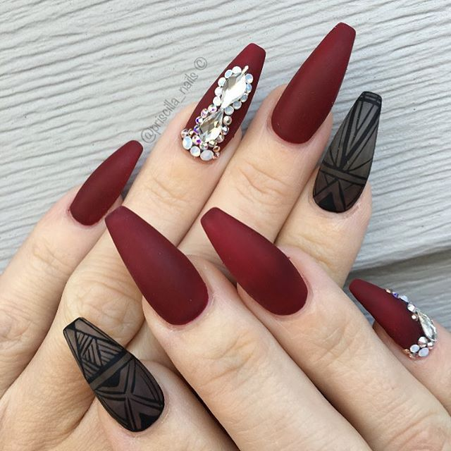 black and red coffin nails | EntertainmentMesh