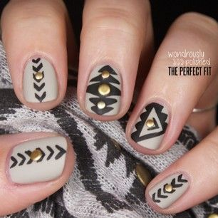 6 stud nail art design