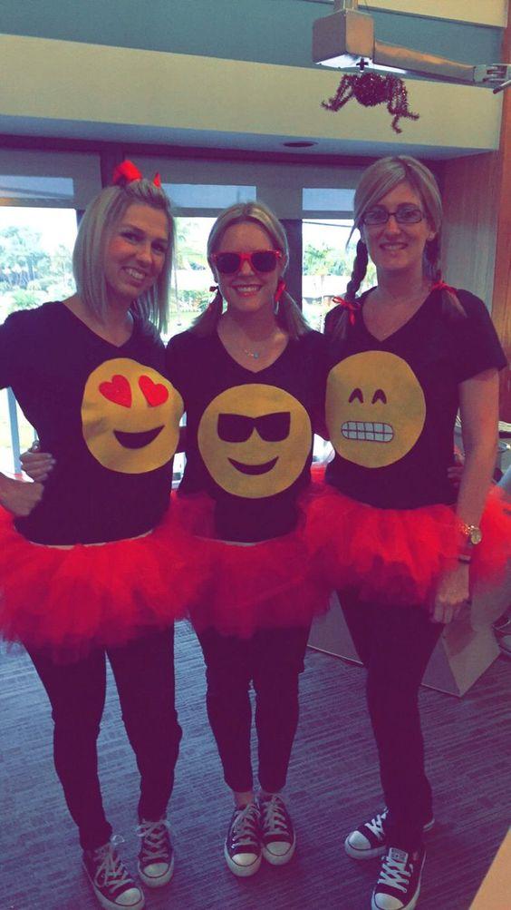 emoji college girls group halloween costume ideas