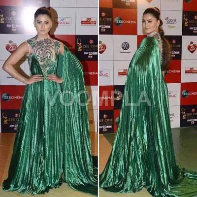 Urvashi Rautela dresses at zee cine awards