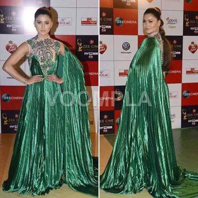 Urvashi Rautela dresses at zee cine awards