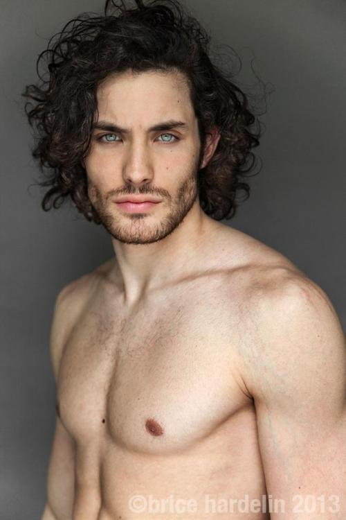 men long curly haircuts