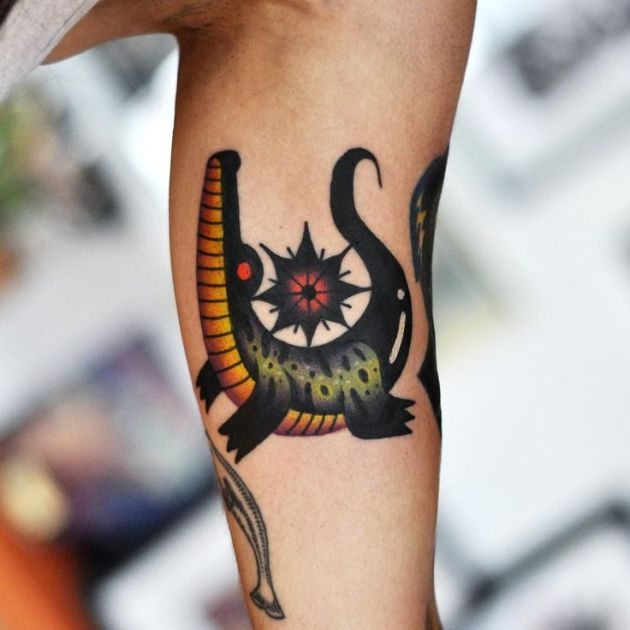 comic design alligator tattoo