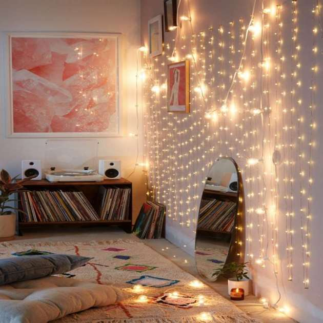 hanging wall string lights ideas for girls room