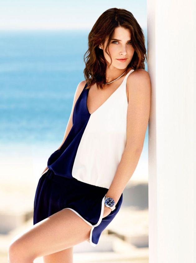 attractive Cobie Smulders