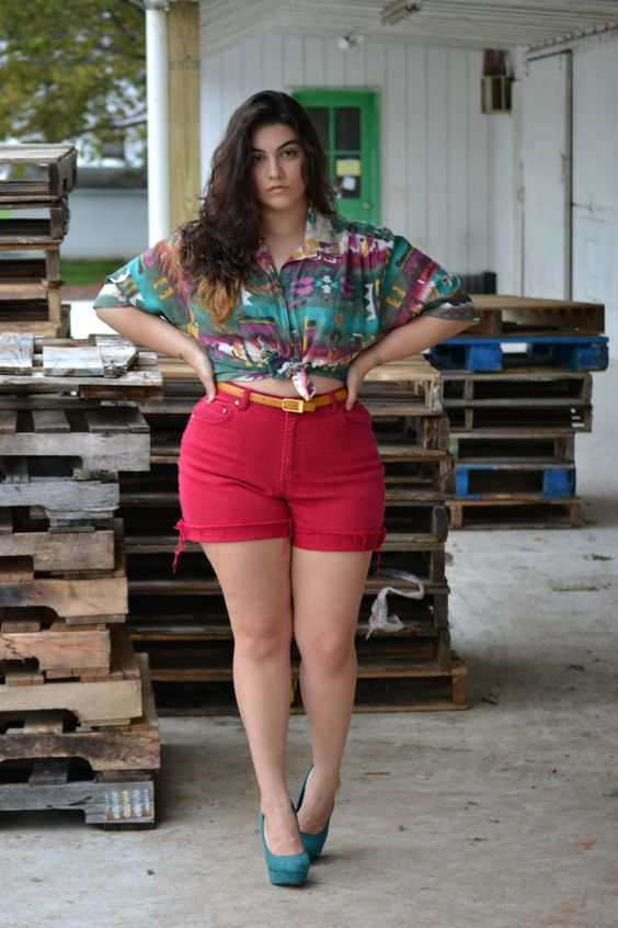 plus size girls denim shorts outfit