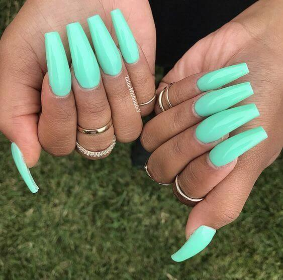 trendy coffin acrylic nails